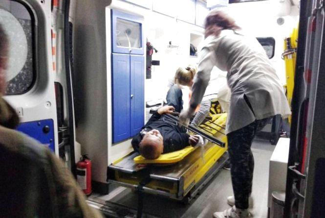 Житомирська область: рятувальники надали допомогу чоловікові, який наштрикнувся на паркан