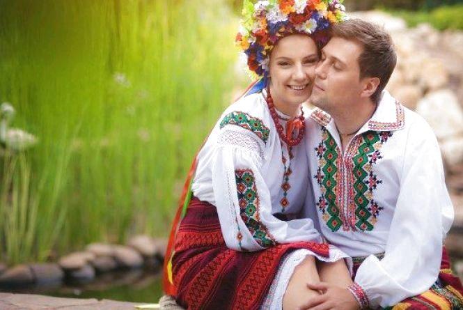 Житомирян запрошують на Покрову відсвяткувати весілля за стародавніми обрядами