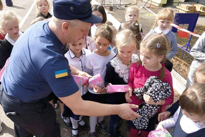 Маленькі рятувальники вже наступають на п'яти професіоналам