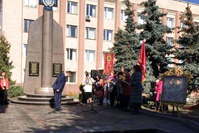 У Коростені відкрили монумент Воїнам АТО