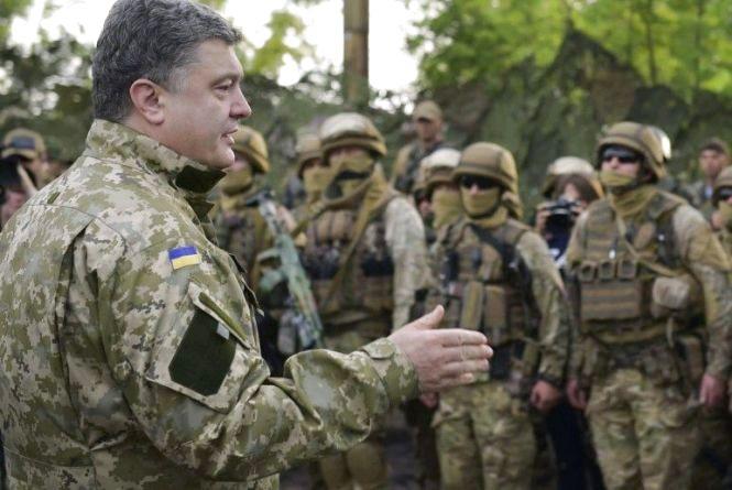 За кілька днів більше 50 бригад ЗСУ перейдуть на нову систему харчування, – Петро Порошенко