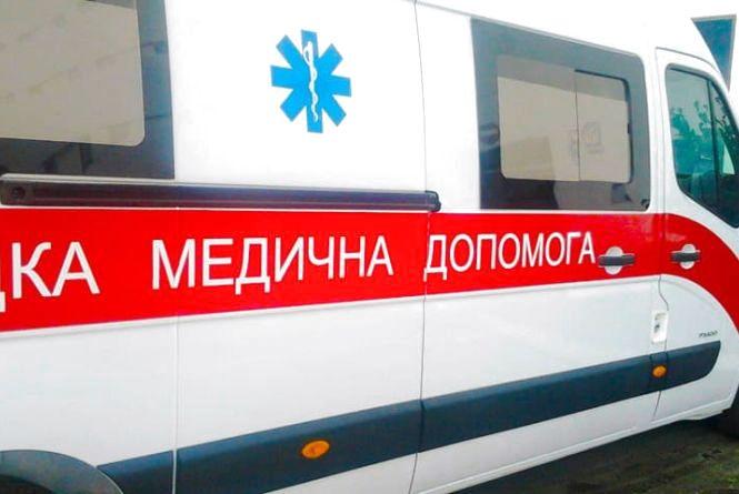На Прикарпатті мотоцикл збив 66-річну жінку. Потерпіла в лікарні