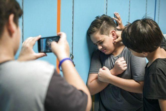 Дитяча жорстокість. Як боротися із цькуванням у школі?