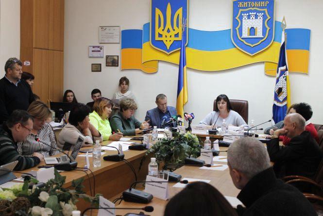 Мер Житомира Сергій Сухомлин про підвищення вартості проїзду в громадському транспорті. ВІДЕО