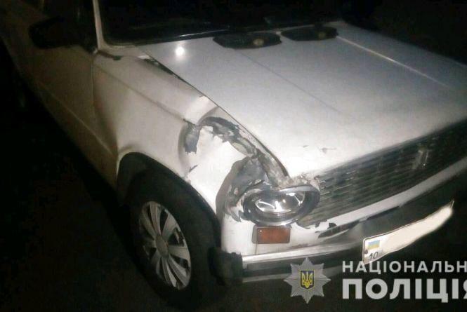 Угонщика авто затримали підлітки, які стали випадковими свідками пригоди