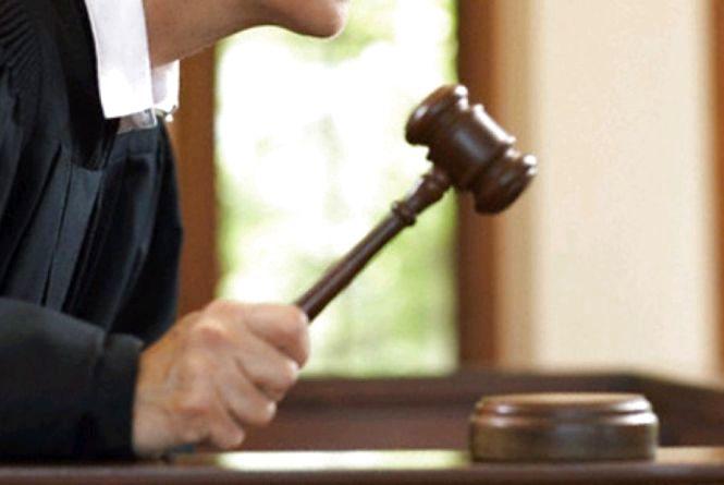 За невиплату вчителям зарплати та ухилення від сплати аліментів прокуратура розпочала кримінальні провадження