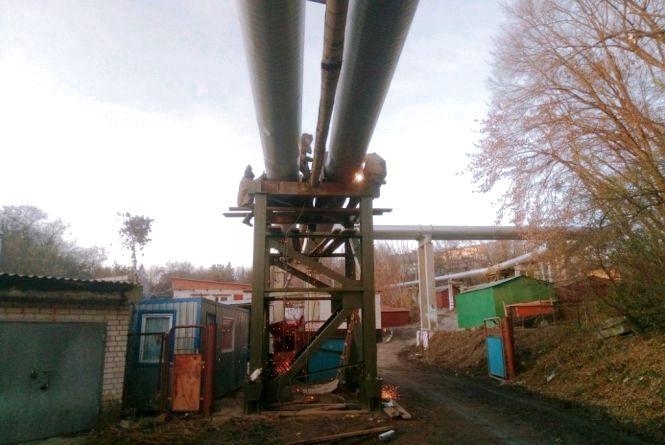 Ще два проблемні будинки в Житомирі уже з теплом