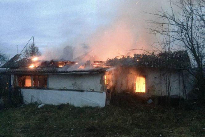 Трагедія в Андрушівському районі: вщент вигорів будинок, господар загинув