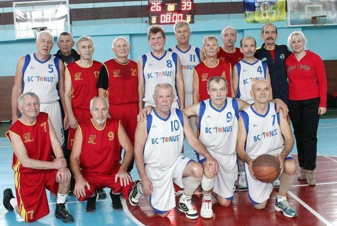 Житомирські ветерани здобули бронзу на Кубку України з баскетболу