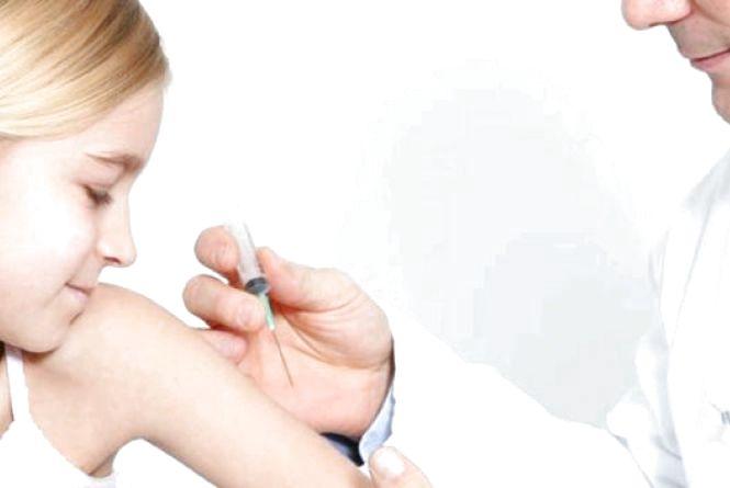 Вакцинація на рівні 98% - єдине спасіння від кору
