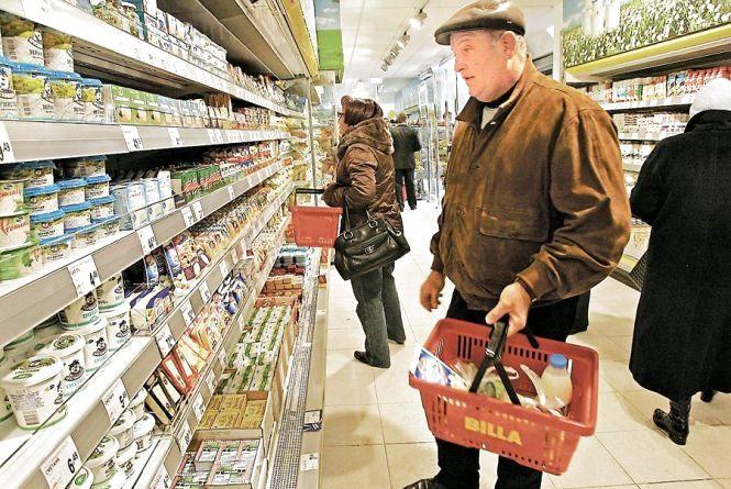 Купівельна спроможність пенсіонерів на головні продукти знизилась