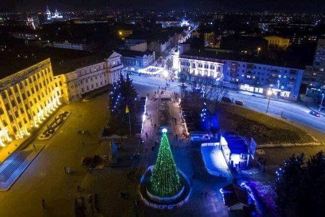 Гучні концерти, ярмарок та фестивалі: як у Житомирі відзначатимуть новорічно-різдвяні свята