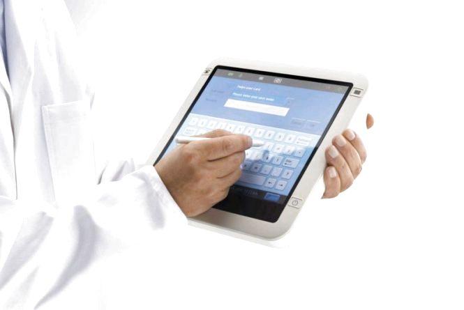 У наступному році запровадять електронні форми: медичної картки, рецепту, лікарняного, направлення