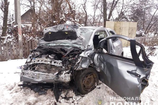 Троє загиблих і троє постраждалих внаслідок ранкового ДТП під Житомиром