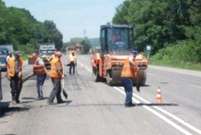 Минулоріч в області відремонтували 800 км місцевих доріг