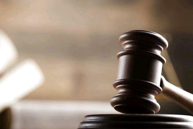 На Житомирщині організованій злочинній групі повідомлено про підозру у незаконному видобуванні бурштину