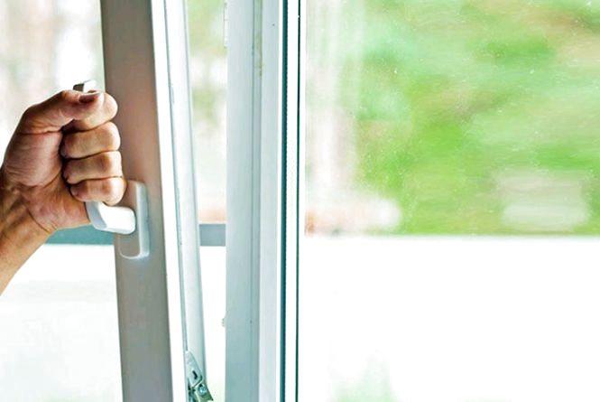 У Бердичеві поліція розслідує шахрайство з установленням пластикових вікон