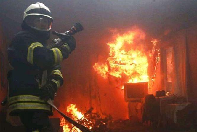 За минулу добу на території області виникло 10 пожеж: горіли автомобілі і оселі