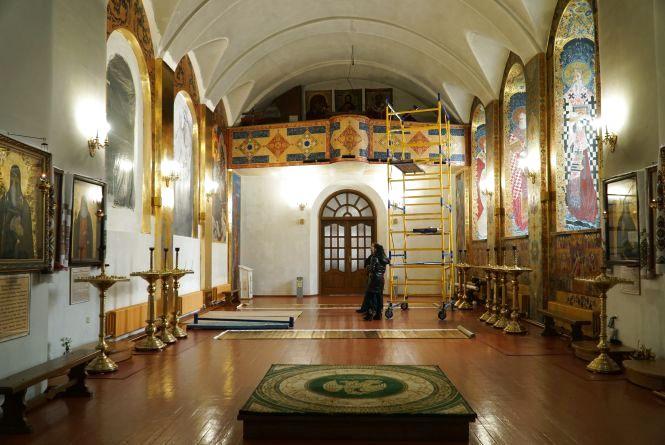 Восени стіни Свято-Михайлівського храму прикрасять унікальними розписами. ФОТО.