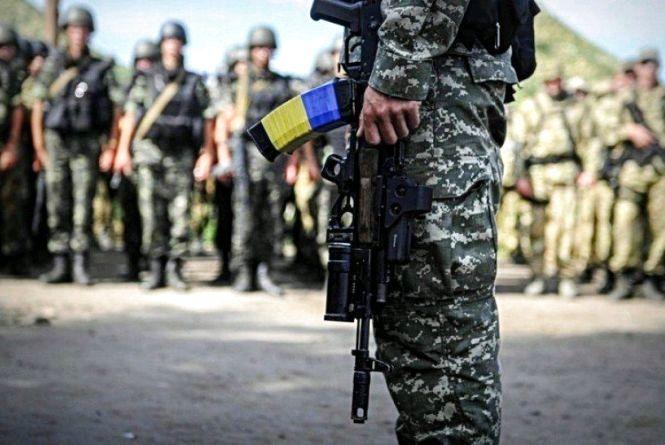 За місяць майже 80 жителів області підписали контракт із ЗСУ