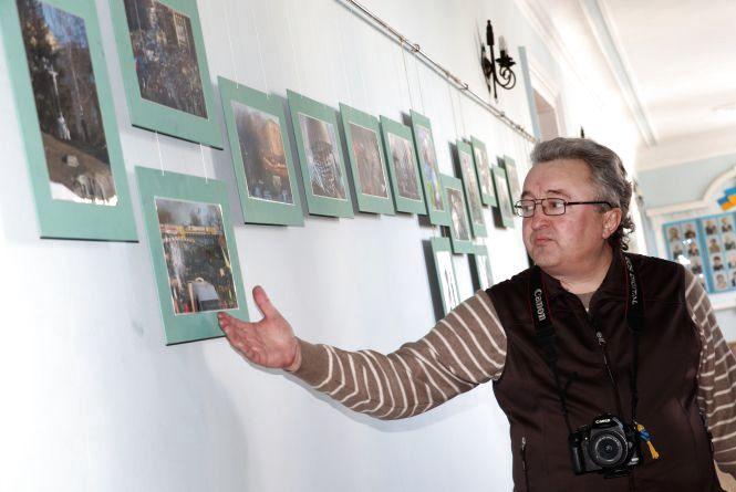 До Дня Героїв Небесної Сотні у Житомирі відкрили виставку фоторобіт