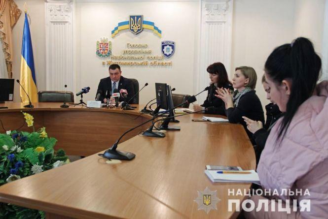 Керівник ГУНП області заявив, що поліція зібрала чимало доказів вини підозрюваного у вбивстві двох людей у Житомирі