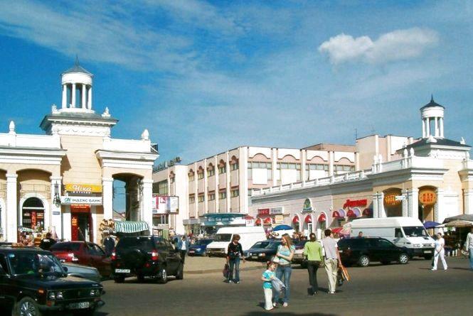На вул. Небесної Сотні дозволять торгувати розсадою