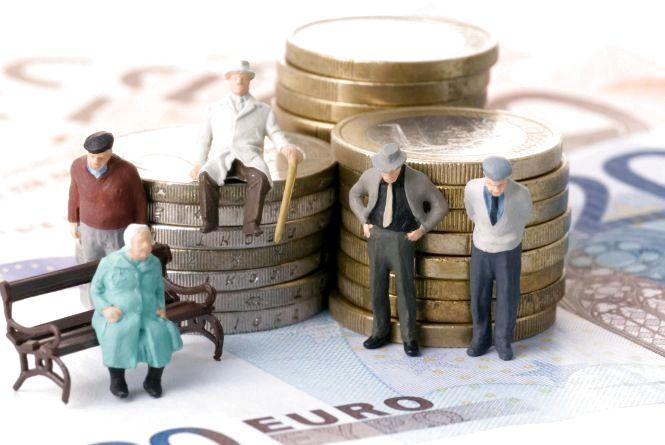 Пенсіонери області почали отримувати підвищені пенсії: в середньому вони зросли на 554 грн