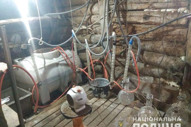 У селі на Житомирщині викрили потужну нарколабораторію