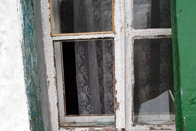 Житель Ружинщини уночі вдерся до оселі 80-річної односельчанки і вкрав 9 тис. гривень