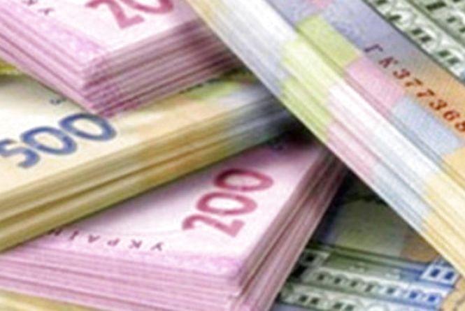 Курс валют на 18 березня: долар зростає