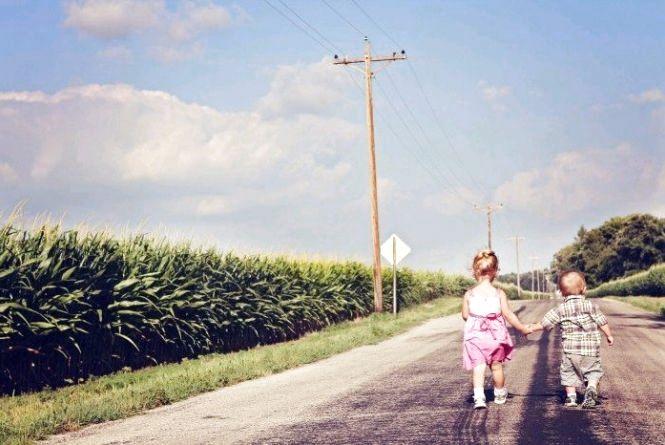 Діти на дорозі: на Житомирщині відразу два ДТП з малечею