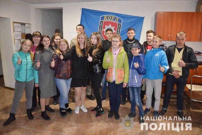 Юні вартові правопорядку познайомились з діяльністю поліцейських Корпусу оперативно-раптової дії Житомирщини
