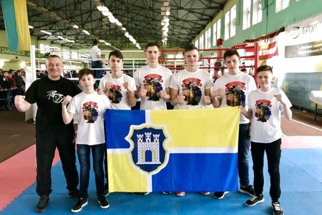 Житомиряни виграли 5 золотих та одну срібну медаль на чемпіонаті України з кікбоксингу WАКО