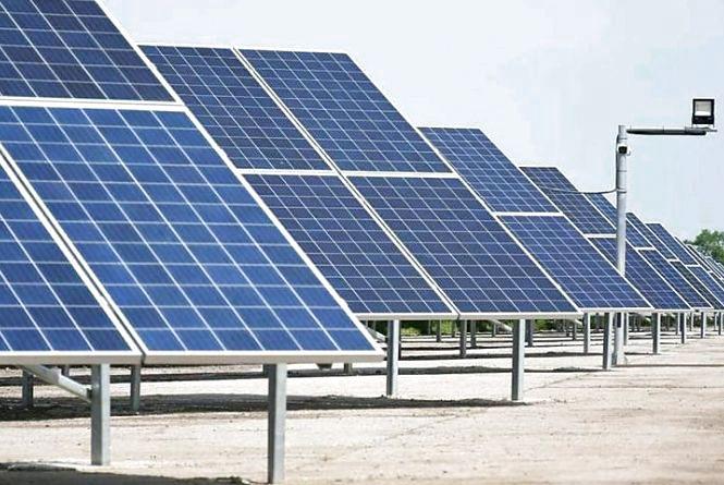 У Коростенському районі будують ще одну потужну сонячну електростанцію