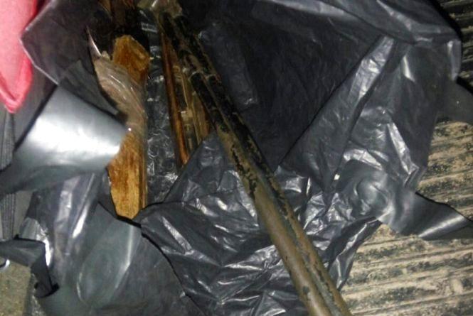 У Бердичеві поліцейські вилучили з автомобіля незареєстровану рушницю