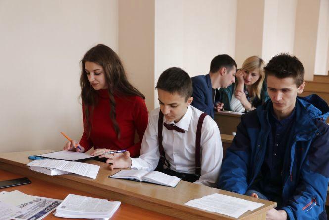 У Житомирі пройшов дебатний турнір із політичних реформ