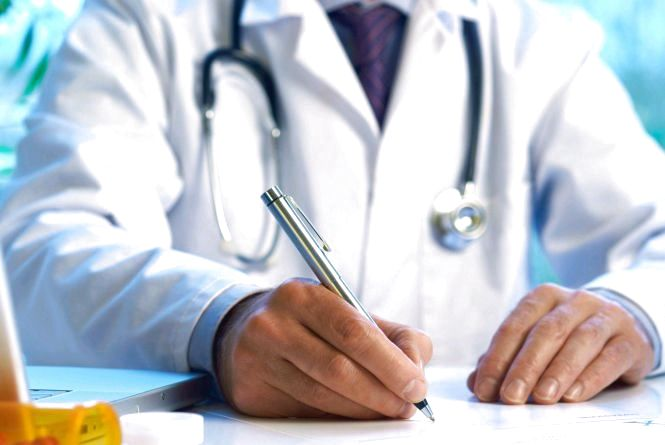 Куди звернутися за медичною допомогою на період Великодніх і травневих свят