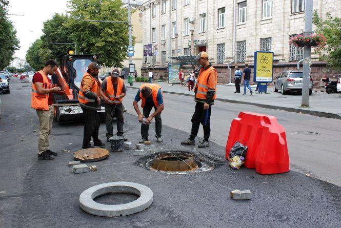 Міська влада повідомила, коли закінчиться розпочатий капремонт доріг