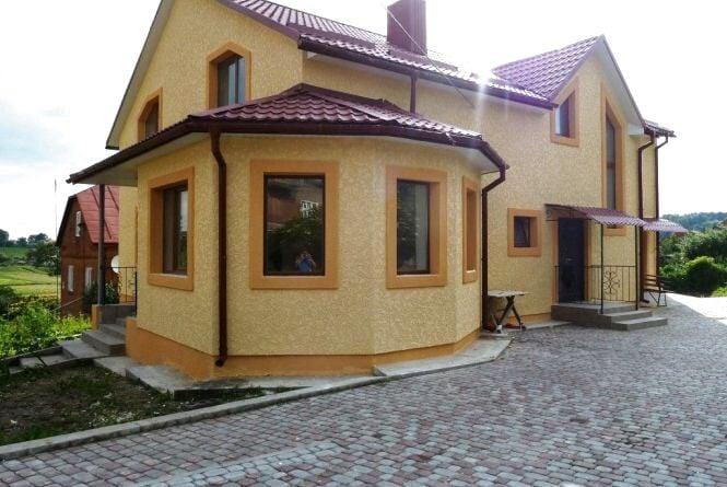 Фасади приватних будинків: кращі ідеї оформлення