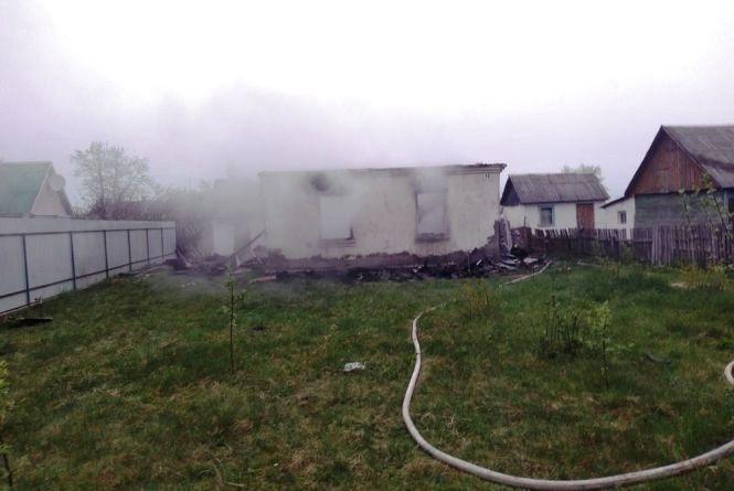 У Баранівському районі під час пожежі в будинку мати з 6-місячною донькою отримали опіки