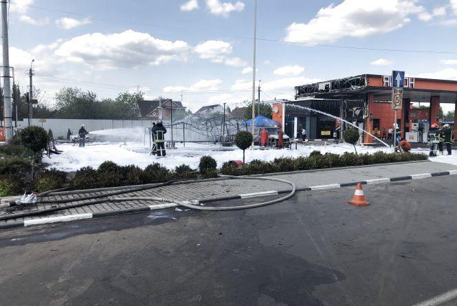 У Житомирі ліквідовано пожежу на газовій заправці, 2 людини постраждали