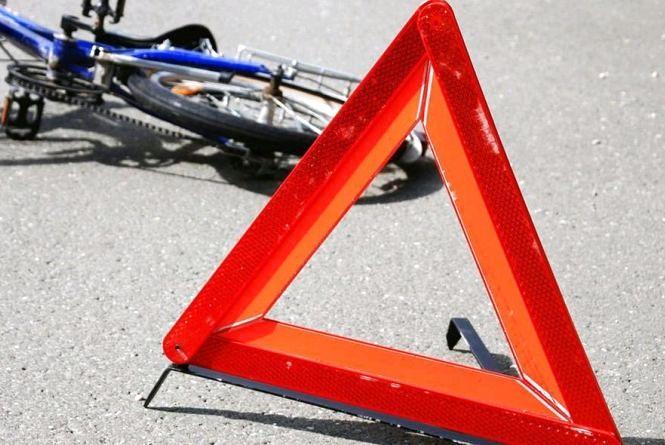 У Лугинському районі у ДТП загинув 21-річний велосипедист