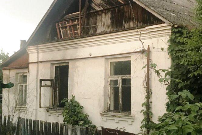 У Житомирі горів пустуючий будинок
