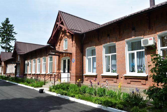 У Житомирі після ремонту відкрилося оновлене відділення інфекційної лікарні № 1