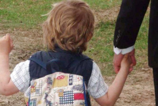 Сімейний детектив: чоловік-іноземець без дозволу матері вивіз дитину з Житомира