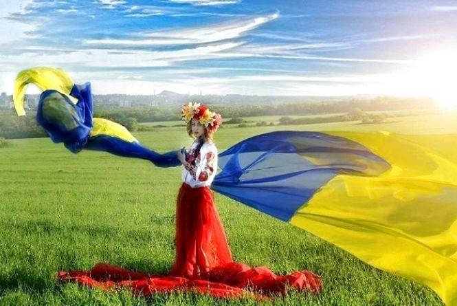 Святкова хода, фестиваль «Тінь Сонця» та багато інших заходів: як Житомирщина відзначить 23-ю річницю Конституції України