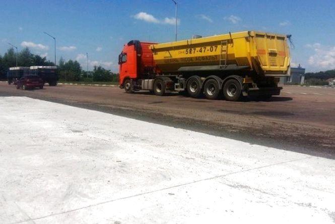 На міжнародному шляху М-21 Виступовичі – Житомир – Могилів-Подільський облаштовано майданчик для габаритно-вагового контролю