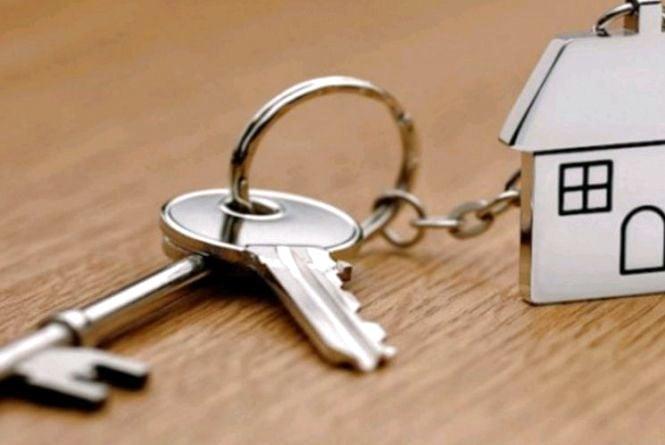 Для дитини-сироти з Коростеня купують квартиру за кошти обласного бюджету