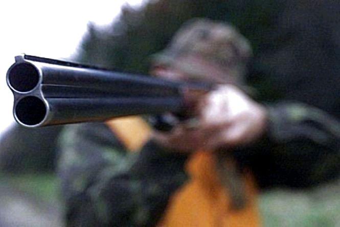 На Житомирщині повідомили про підозру ліснику, який скоїв вогнепальне поранення 12-річного підлітка
